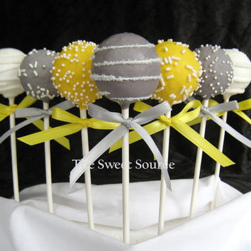 Cake Pops: Wedding Cake Pops Made to Order with High Quality Ingredients.