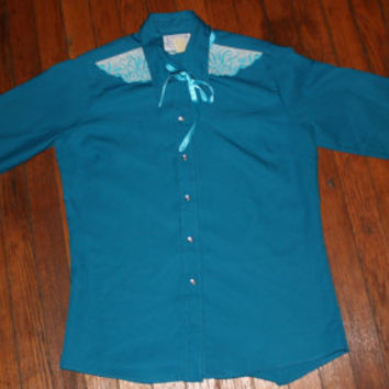 Vintage Womens Pearl Snap Western Shirt Size Small