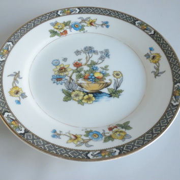 Noritake Paisley Dinner Plate , Urn of Fruit and Flowers, Blue and Yellow Flowers