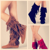 Hippie Chickie Black Fringe Moccassin Boots