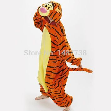 Lovely Tiger Onesuit Costume Cosplay Winter Pyjamas Tigger Pajamas Sleepsuit Sleepwear