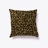 Leopard Pattern Decorative Pillow