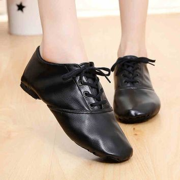 Woman's PU leather Jazz Dance Shoes Lace Up Boots for Adult Woman Practice Yoga Shoes Soft and Light Weight jazz boots