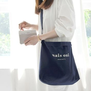 Oui Pocket Shoulder Bag