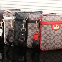 "shosouvenir""COACH"" Signature File Crossbody Bag"