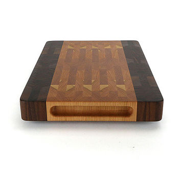 The Fric Wood Cutting Board in Cherry & Walnut by Helmwood