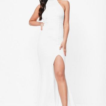 Missguided - White Choker Neck Maxi Dress