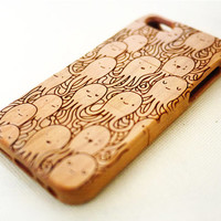 Cherry Wood Octopus iPhone 5 5s Case - Custom Wooden iPhone 5 5s Case - Natural iPhone 5 5s Case Wood - for Christmas