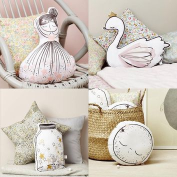 Cartoon Girl Swan Wishing Bottle Cushion Pillow With Music Baby Calm Sleep Dolls Nordic Kids Room Decorative Toy Photo Props
