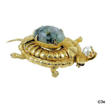 Turtle Brooch Pin Green Natural Stone Cabochon & Pearl 40s
