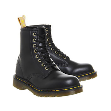 Dr. Martens Vegan 1460 8 Eye Boots Black - Ankle Boots