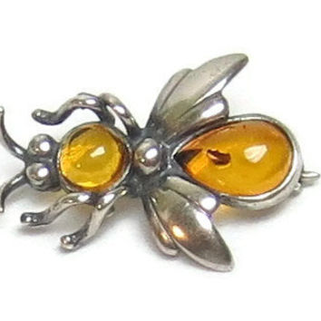 Vintage Bee Pin Amber Silver Bee Brooch Light Orange Amber Body Set in Sterling Silver