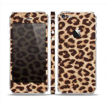 The Simple Vector Cheetah Print Skin Set for the Apple iPhone 5
