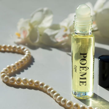 POÊME Type Pure Perfume Oil. Natural, Vegan, Coconut Oil Luxury Roll-On Perfume. Alcohol Free. Travel Size 1/3 oz (10 ml)