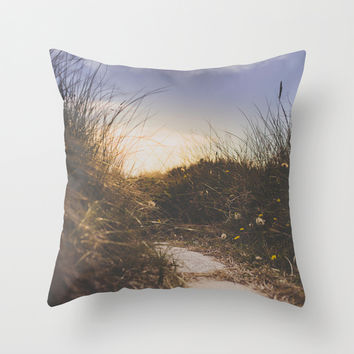 You make me smile Throw Pillow by HappyMelvin