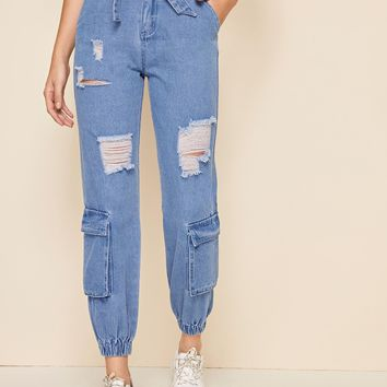 Bleach Wash Ripped Pocket Patch Carrot Jeans