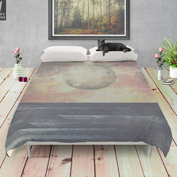 Restless moonchild Duvet cover