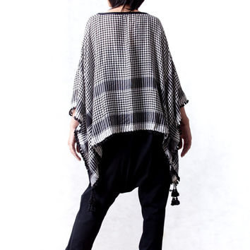 NO.110 Black and White Cotton Scarf Poncho