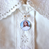 Lana Del Rey cameo necklace - Born To Die