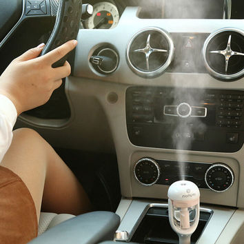 Mini Air Humidifier Car Essential