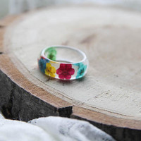 Resin Ring With real flower, floral resin jewelry, clear transparent ring, big size romantic nature ring, engagement ring, anniversary gift