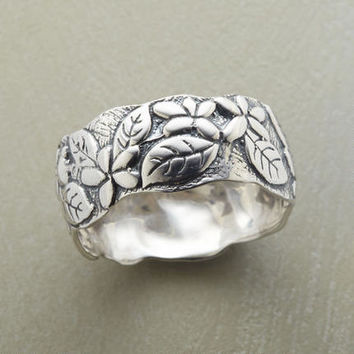 Leaf & Petal Band Ring | Robert Redford's Sundance Catalog