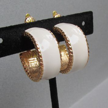 Signed TRIFARI 1990's Vintage Ivory Enamel & Textured Gold Tone Wide Hoop Clip Earrings