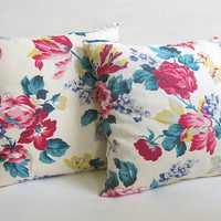 20% OFF SALE Vintage pink and white floral Pillows // throw pillows with flowers