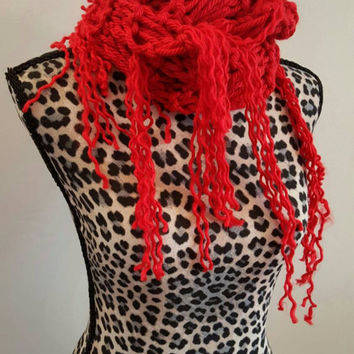 Knit Red Ramen Cowl. Red scarf.  Made by Bead Gs on ETSY. Infinity scarf.