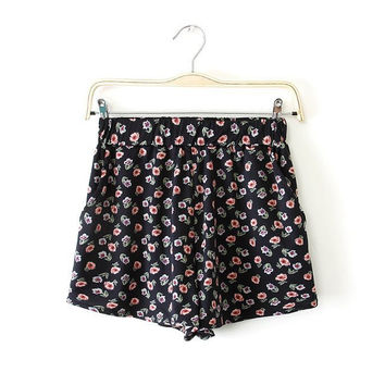 Women's Fashion Summer Pastoral Style Floral Print Ruffle Pants Shorts [4918011396]