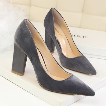Fashion hot sale of pure color pointed women sandals sexy heels