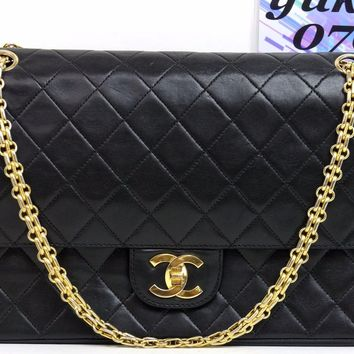 by8757 Auth VINTAGE CHANEL Black Quilted Lambskin Double Flap Chain Shoulder Bag