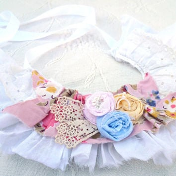 Prairie Girl Necklace. Romantic Garden Style Accessory. Vintage Up-cycled Floral Design. French Country Shabby Flowers.