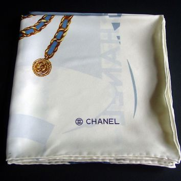 AUTH VINTAGE CHANEL Women's 100% SILK LARGE SCARF- FIGURE & JEWELS DESIGN/ITALY