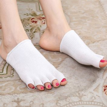 Foot Moisturizing Whitening Exfoliating Gel Toe Set Sole Cover Toes Sleeve Socks Feet Care