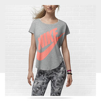 Check it out. I found this Nike Signal Women's T-Shirt at Nike online.