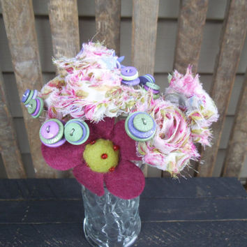 Valentine's Day Arrangement -Valentine's Day Flowers -Shabby Flowers - Button Flowers-Valentines Decorations - Floral Arrangement - Felt