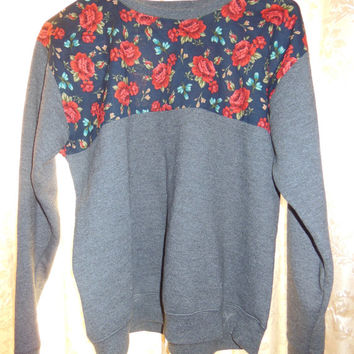 Comfortable Grey Floral Crew Neck Sweatshirt
