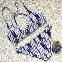 Fashion Print Crisscross Bandage Bikini Set Swimsuit Swimwear