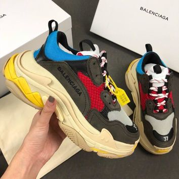 Balenciaga Triple-S Xia Gu jogging shoes-1