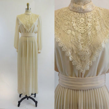 Vintage 1970s Ivory Formal Lace Sheer Pleated Maxi Dress