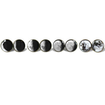 Moon Phases Earring Gift Set / 4 Pairs Full to Crescent Moon Set - Science Jewelry - Planetary Outer Space Jewelry - Cute Moon Earrings