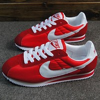 NIKE Cortez Forrest gump lovers shoes running shoes running shoes Red white hook