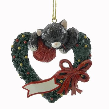 Personalized Ornaments PLAYFUL KITTEN WREATH Resin Christmas Cat Yarn OR090