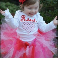 Mommy's Sweetheart Valentines Day tutu outfit