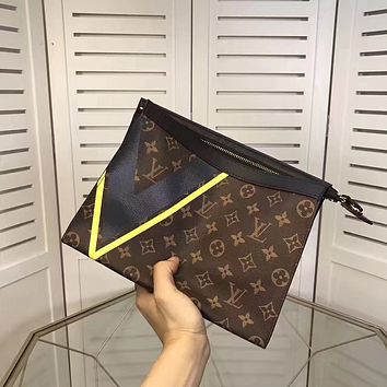 LV Louis Vuitton MEN'S TOP MONOGRAM LEATHER ZIPPER HAND BAG