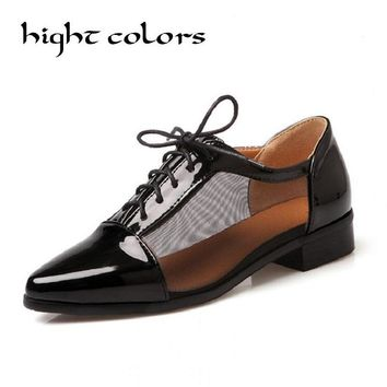 SIZE 34-43 ! Flat Shoes 2017 British Style Summer Oxfords For Women Flat Heel  Pointed Toe Japanned  Leather Cutout Casual Shoes