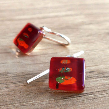Red & orange glass earrings - Fused glass dangle earring - Sterling silver dangles - Artisan dangly earrings - Artistic colorful earrings