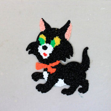 Halloween Black Cat: vintage plastic popcorn wall decoration
