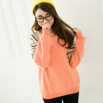 Embroidered Patchwork  round neck sweater  B0015498
